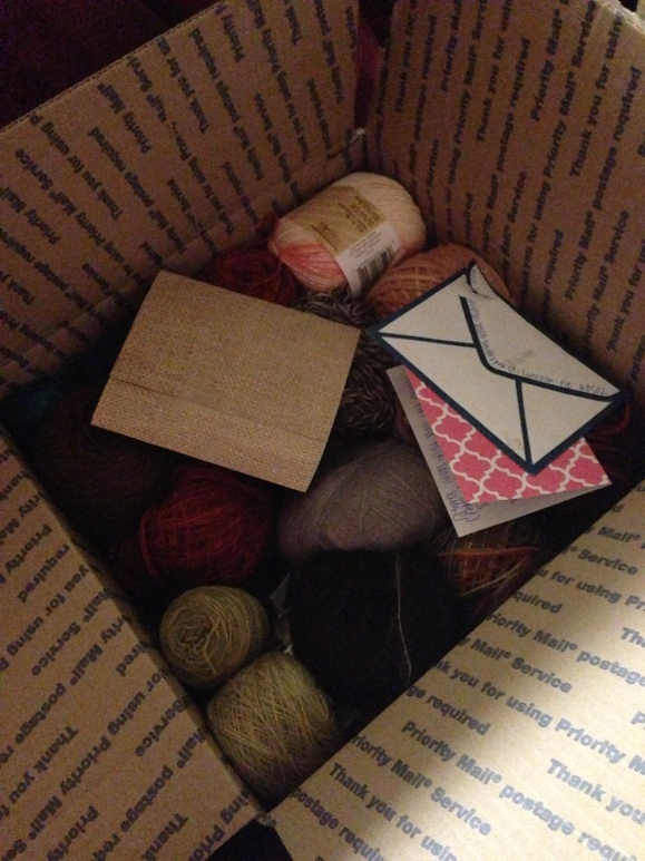 Yarn and letters from a pen pal. What a great mail day.