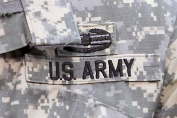 Everyone.This is what the Army Camo looks like. Apparently it's been this way since 2013. Take note, in case you ever get quizzed on it in the future. Or if you find yourself living in a military town. Or if you just want to feel like a decent human.