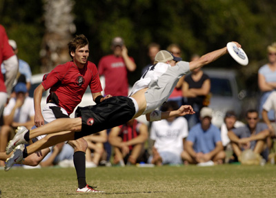 Okay, but for serious, people dive to catch the disc. It's called bidding. Yeah, I know that now.